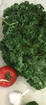 tomato, garlic and kale